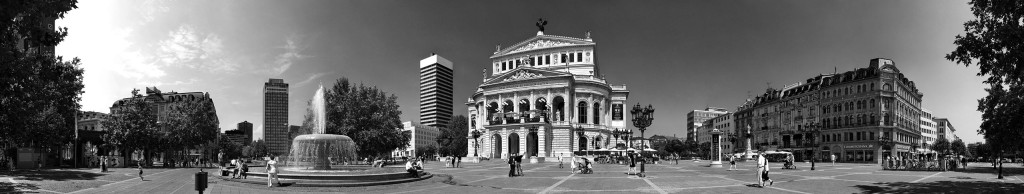 Opernplatz in the summer of 2004