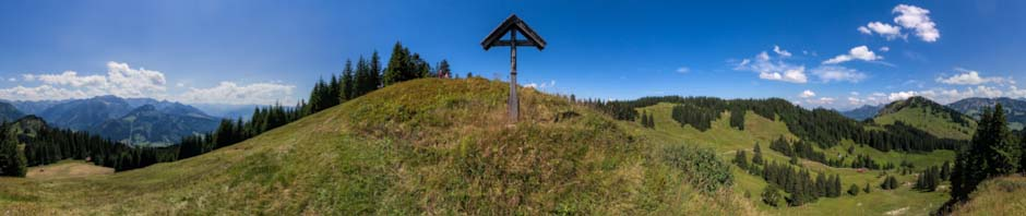 Baoleskopf Viewpoint near the Summit Cross