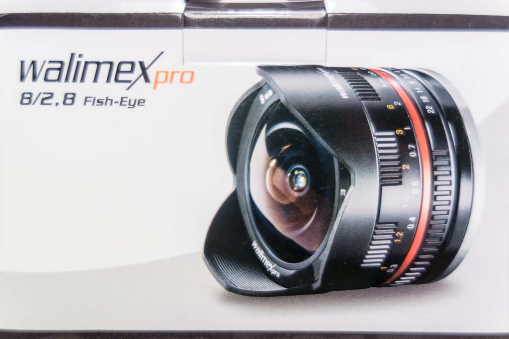 The Box of the Walimex 8mm Fisheye