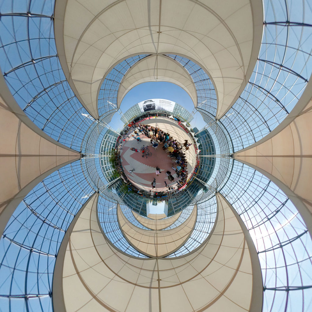 Munich Airport Arena Polo - Stereographic Down
